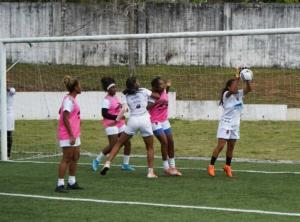 equipo-femenina-entrenamiento-22-3-2021